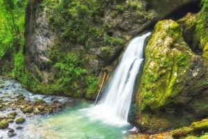 Cascada Evantai